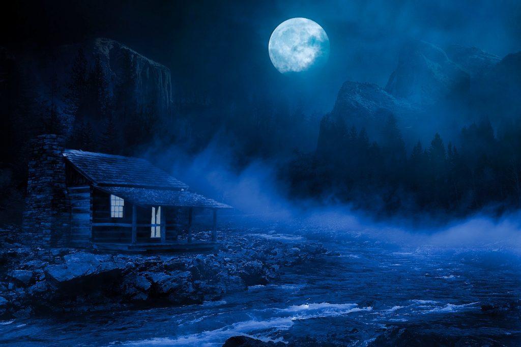 Gruselige Hütte